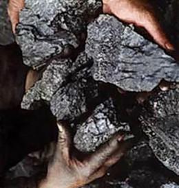 «Узбеккумир» удается выбить долги с бюджетных организаций за уголь