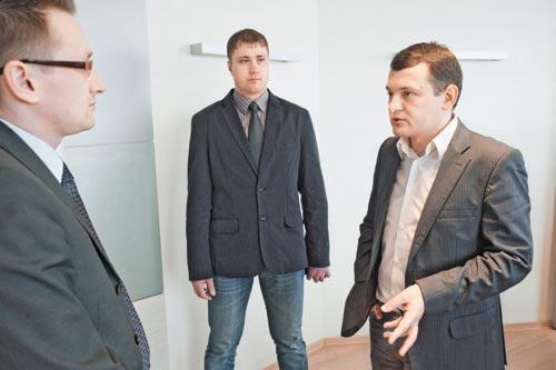 По мнению директора новосибирского филиала «Авантел» Сергея Бойко (на фото справа), «качество» клиентов сейчас важнее количества. Именно поэтому провайдеры всеми способами предпринимают меры по удержанию своей абонентской базы