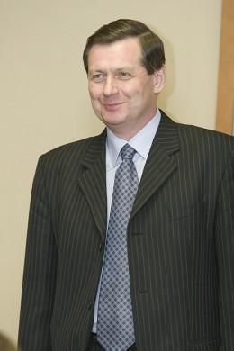 Исполнительный директор СААДа Михаил Невмовенко решил расширить географию деятельности ассоциации и привлечь в свои ряды томских дилеров.