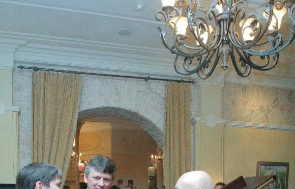 3 сентября в ресторане La Maison состоялся торжественный Гала-Ужин от Франсуа Фурнье. В программе вечера были представлены новые блюда, различные мастер-классы, дегустация вин, коньяка и сигар.
