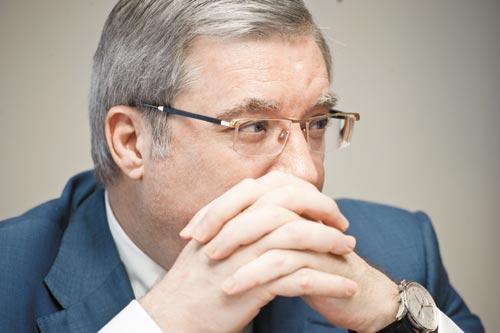 Виктор Толоконский решил не называть имен, комментируя тему апрельских дезинформационных вбросов о своем неутверждении в должности полпреда