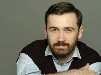 Миниатюра для: Илья Пономарёв «приостановился»