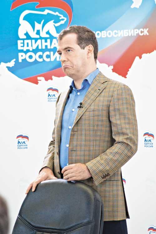 Дмитрий Медведев (на фото) во время встречи в Новосибирске в очередной раз вспомнил про инновации. Присутствующие скептически заметили, что пока их получается «хорошо симулировать»