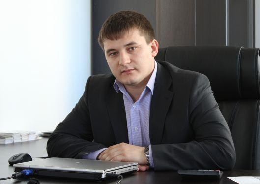 Станислав Титов