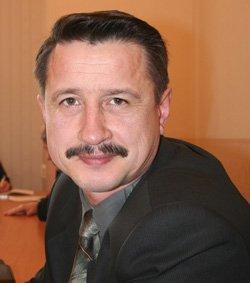 на фото: Виктор Вязовых