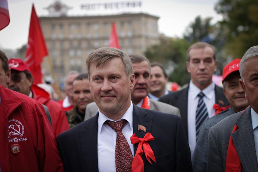 Анатолий Локоть считает