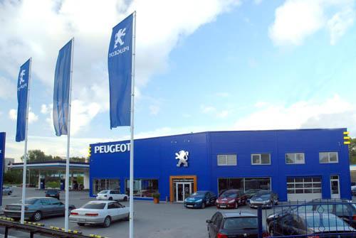 Peugeot возвратился в полнофункциональный салон на Бердском шоссе