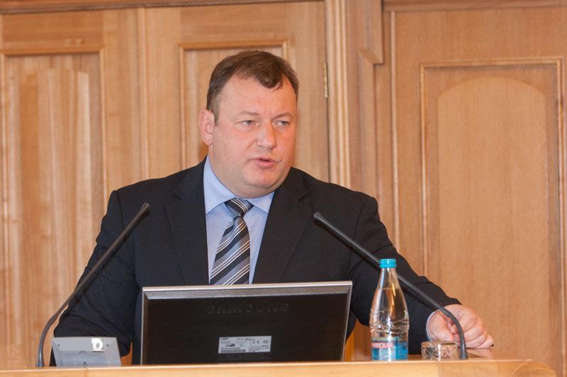 на фото: руководитель департамента информатизации и развития телекоммуникационных технологий Анатолий Дюбанов