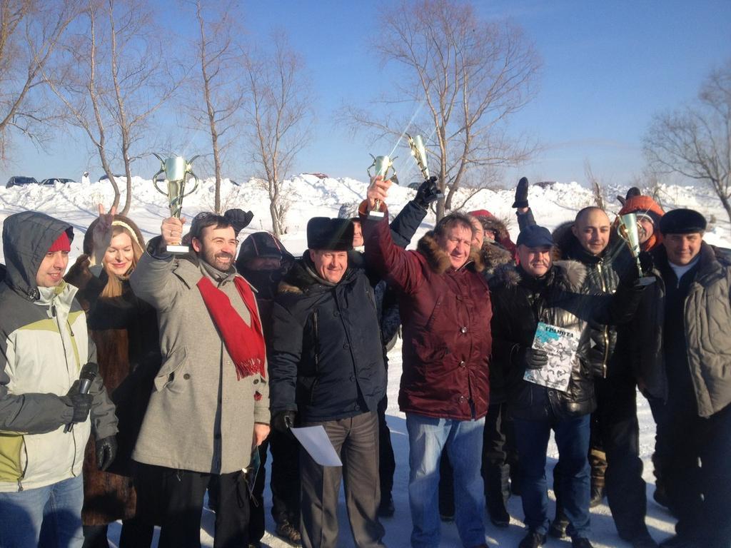 На фотографии: кандидаты в мэры Новосибирска (слева-направо) Илья Пономарев