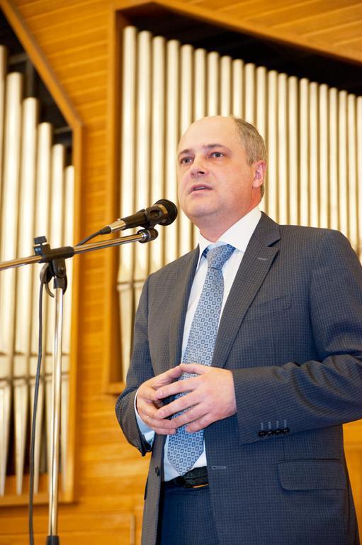 Андрей Ксензов на встрече с активом города 18 марта в здании консерватории.