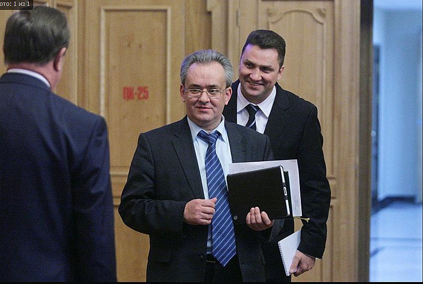 На фотографии: Виктор Козодой и Андрей Гудовский (на заднем плане).