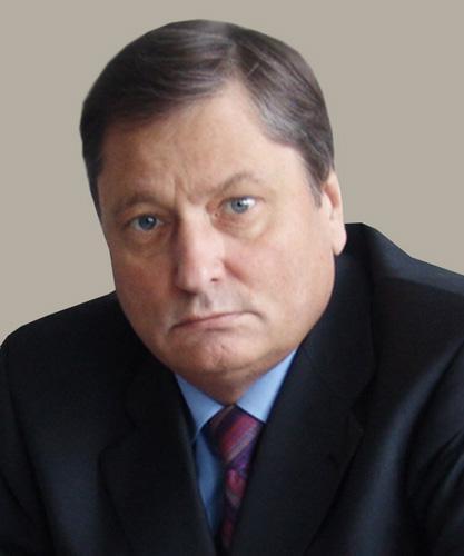 На фотографии: врио руководителя аппарата правительства Новосибирской области Михаил Жиганов