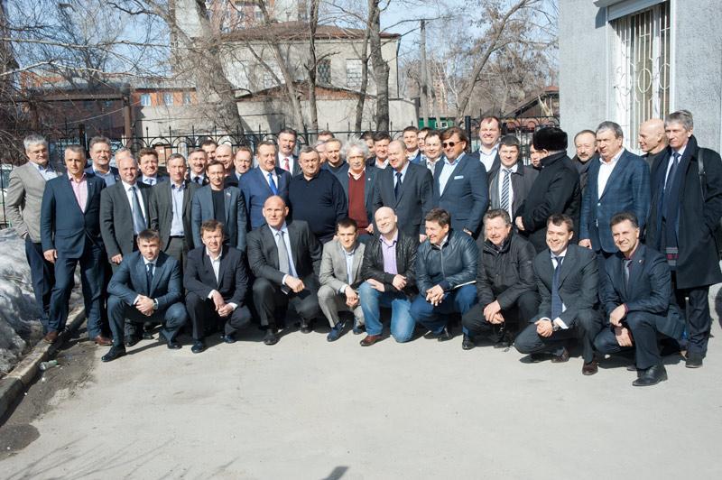 На фотографии: новосибирское региональное отделение «Единой России»