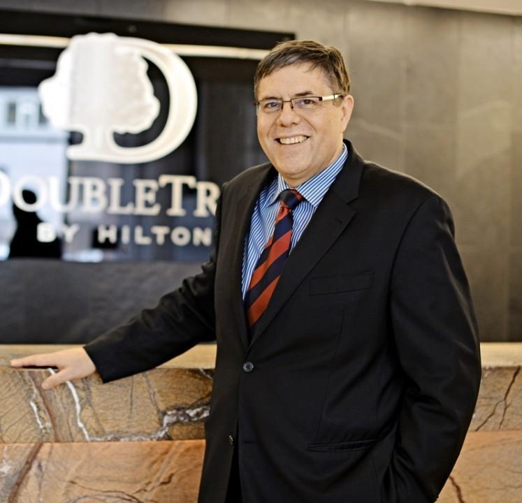 Генеральный управляющий Doubletree by Hilton Novosibirsk Яцек Вшендыбыл