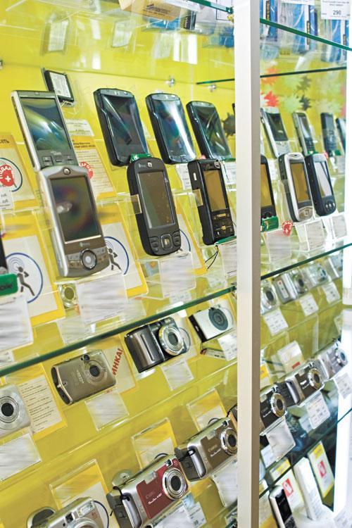 Сибирский рынок мобильных телефонов «отметился» в 2012 году высокой долей смартфонов и более сильными позициями Nokia, чем в среднем по стране
