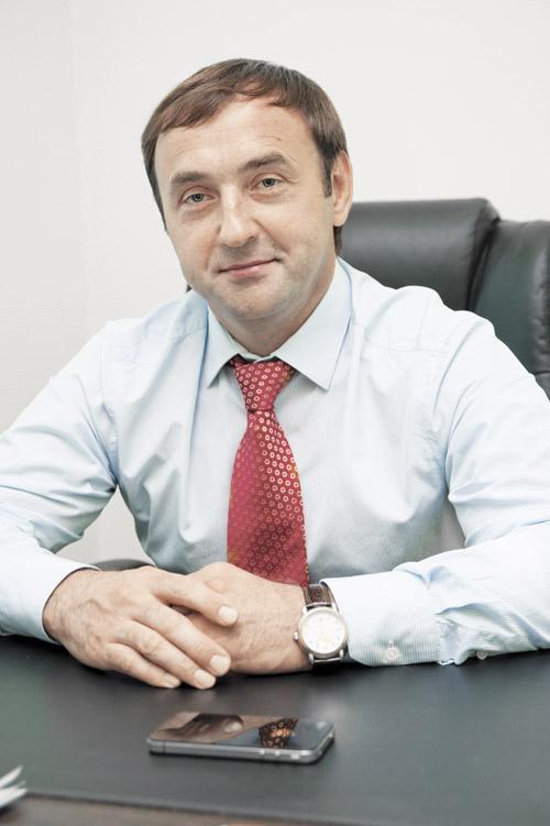 Меримерин Сергей Николаевич — председатель совета директоров ГК «РУСЭНЕРГО», директор ТД «ЭБС»