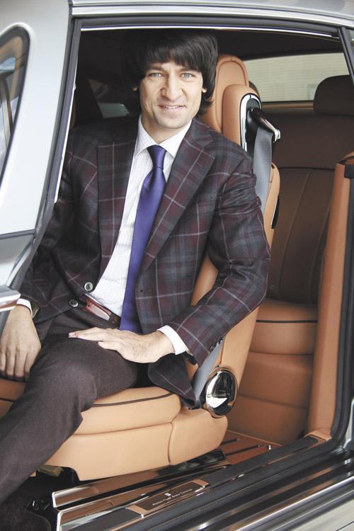 Миниатюра для: «В первом полугодии в Сибири было продано как минимум два автомобиля Rolls-Royce»