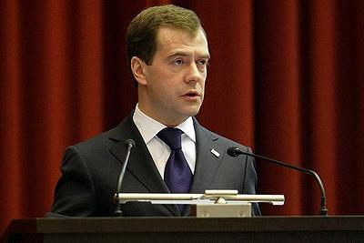 Дмитрий Медведев намеренно проводит ротацию высокопоставленых кадров МВД