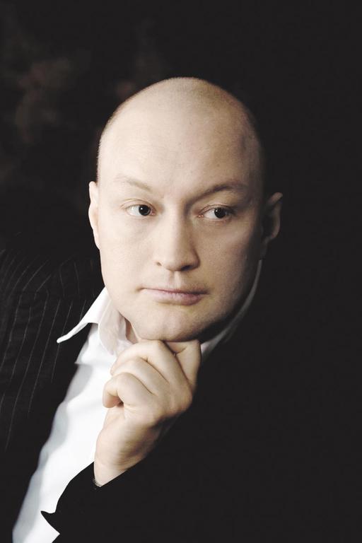 Владимир Козлов, эксперт в сфере управления сложными деловыми коммуникациями.