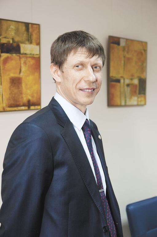 КОНСТАНТИН КАМЕНЩИКОВ, управляющий Сибирским филиалом Промсвязьбанка