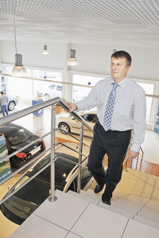 Гендиректор «Патриот Авто» Евгений Рубаненко в итоге предпочел Peugeot ГАЗу