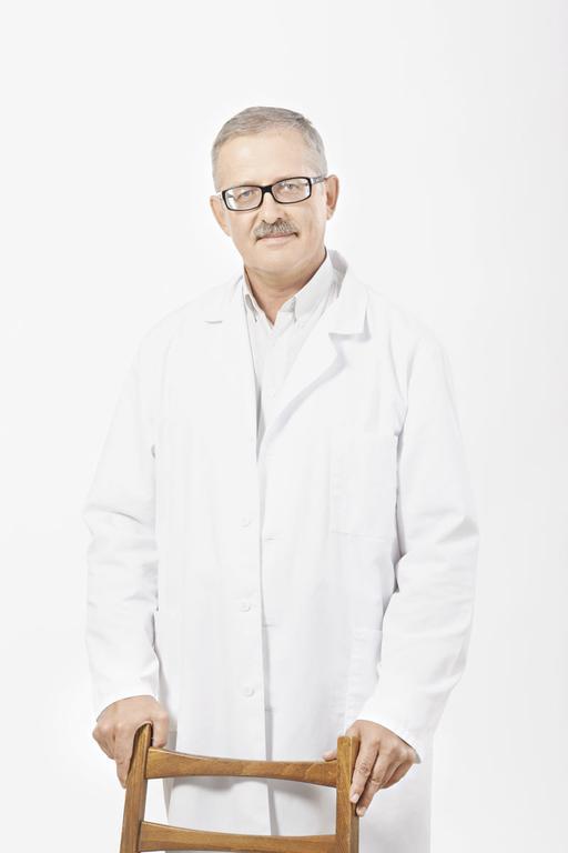 РОСТИСЛАВ ГЕНЗЕЛЬ, заведующий отделением кардиологии Медицинского центра «Авиценна», врач-кардиолог, терапевт высшей квалификационной категории