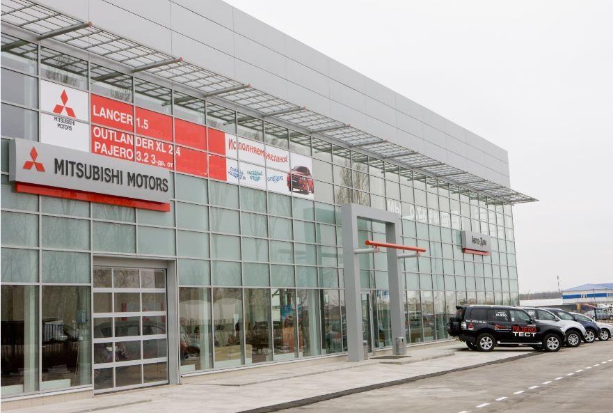 50% всех дилеров Сибири, вошедших в рейтинг по выручке, являются партнерами японской марки Mitsubishi. Также в лидерах среди брендов - Toyota, Nissan и Mazda.