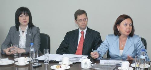 На фото слева направо: региональный директор DeltaCredit в Новосибирске Натальи Архипенко