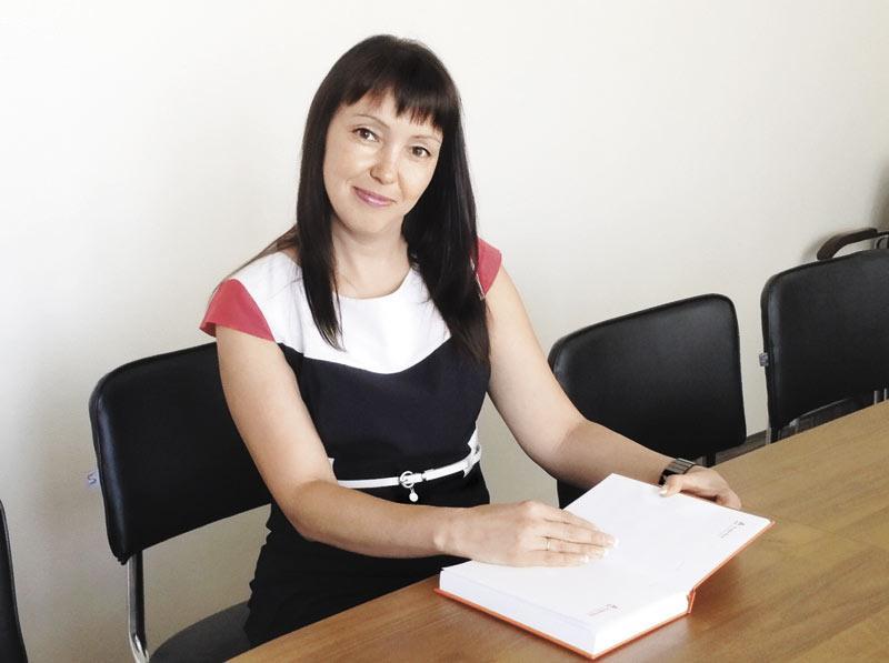 Начальник управления массового бизнеса операционного офиса «Кемеровский» Альфа-Банка Елена Суркова