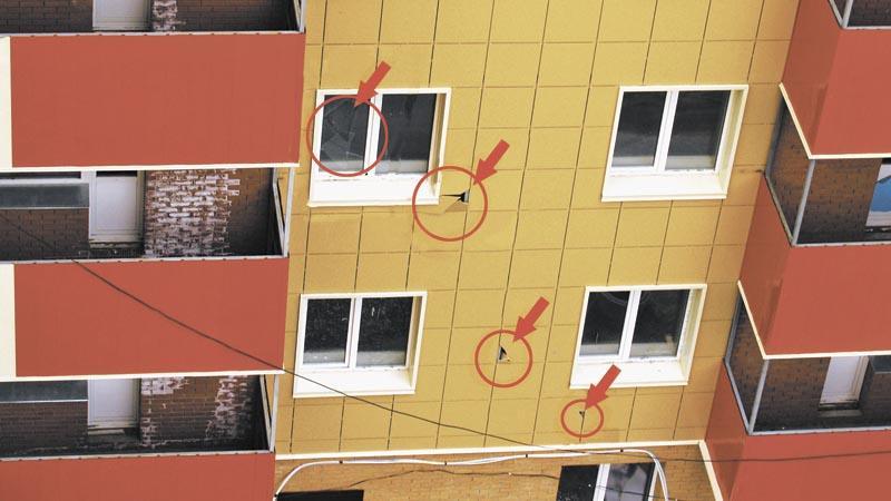 Не достраивать дом на Шатурской, 12 «помогают» и группы подростков, сетуют на форуме дольщики одного из самых проблемных объектов ж/к «Апельсин». В доме периодически бьют окна и фасад