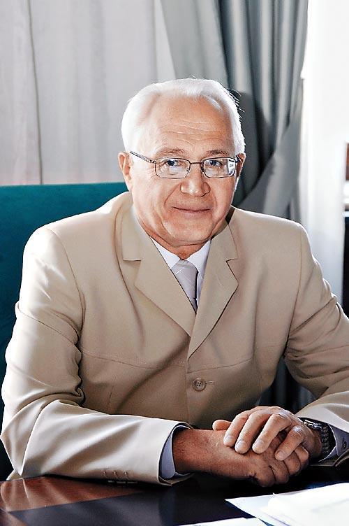 Бывший председатель правления Алтайского Сбербанка Владимир Песоцкий после своей отставки события вокруг банка не комментирует