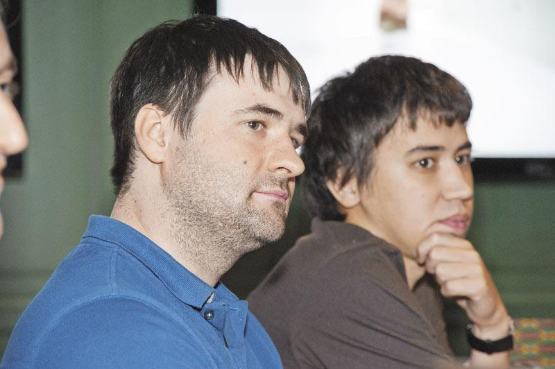 Исполнительный директор «Космос-Веб» Василий Чупис (на фото слева) оценивает украинские события