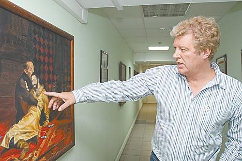 Дмитрий Докин оказался сторонним наблюдателем ликвидации своего «детища»
