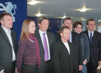 18 марта между «Пежо Ситроен РУС» и компанией «Патриот Авто» было подписано соглашение о намерения строительства второго дилерского центра Peugeot в Новосибирске