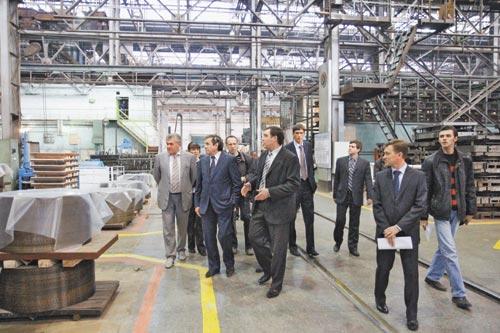 Мэра интересовала реализация инвестиционной программы, внедрение современных технологий на НПО «ЭЛСИБ»