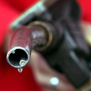 Миниатюра для: Ограничения на приобретение бензина на Алтае сняты