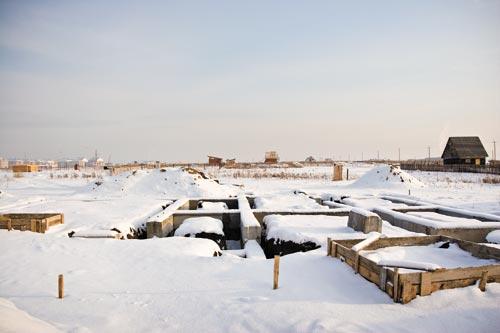 Даже слой снега не смог прикрыть следы инфраструктурных недоработок Бердской администрации