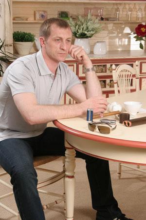 Сергей Аркадьевич Савчук проработал в «Автолэнд-Сибирь» около 10 лет. На должности управляющего дилерским центром — три года