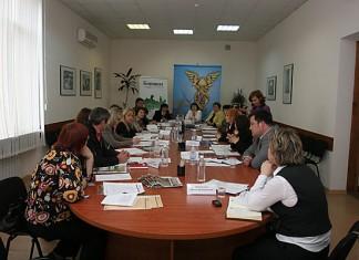 22 июня редакция газеты «Континент Сибирь» в Кемерово провела круглый стол о том, какими финансовыми инструментами могут воспользоваться предприниматели, чтобы выжить в условиях кризиса. В нем приняли участие представители крупнейших финансовых организаций региона