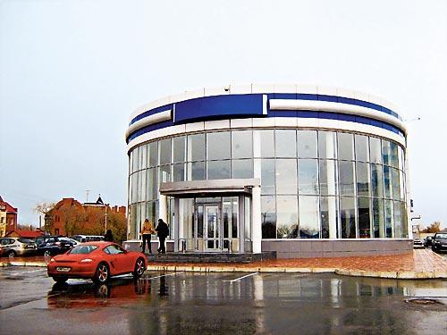 Дилерский центр в Омске на Суворова 89 отныне будет на консервации.
