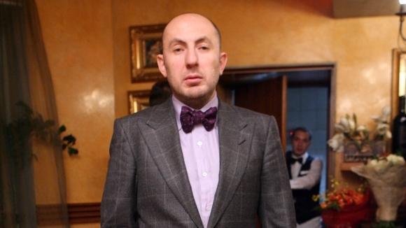 После встречи с труппой Владимир Кехман покинул Новосибирск.