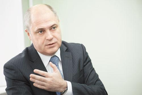 Специально под Андрея Ксензова планируется передать предприятию функции заказчика строительства метро