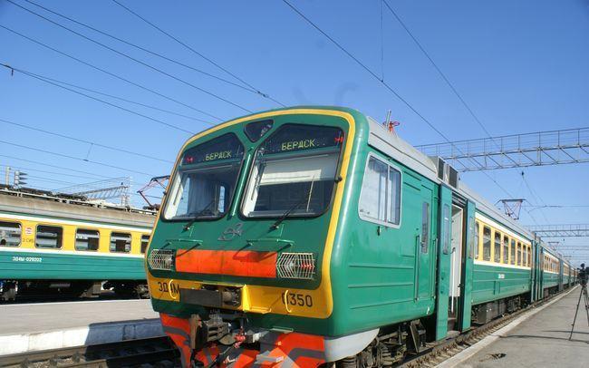 В НСО ежегодное увеличение размера субсидии на пригородные поезда в среднем составляет 70-90 млн руб. Фото: dovolnoe.nsonews.ru