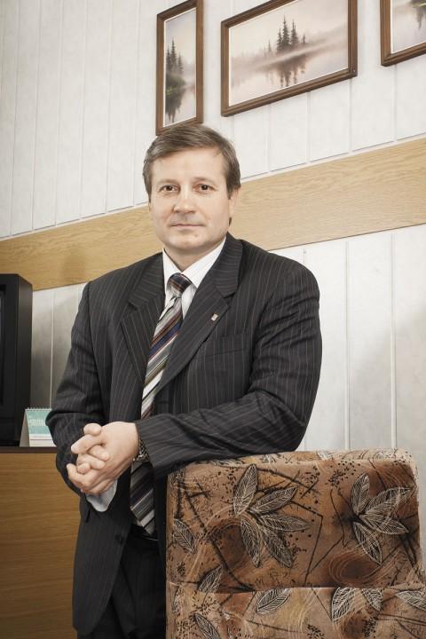 Председатель оргкомитета предварительного народного голосования Юрий Бернадский