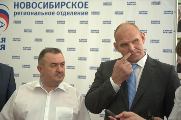 Секретарь новосибирского отделения ЕР Валерий Ильенко уступил на праймериз областному депутату Александру Шпикельману
