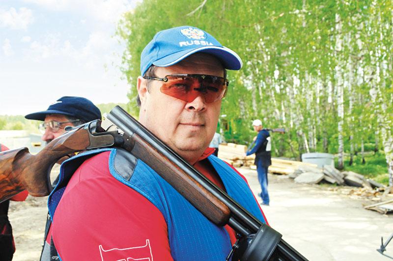 Выходец из династии почетных строителей, генеральный директор ЗАО «Сибакадемстрой» Дмитрий Лыков в качестве действующего спортсмена на чемпионате России по стендовой стрельбе в 2008 году, проходившем в Новосибирске в стрелковом комплексе «Сибакадемстроя».
