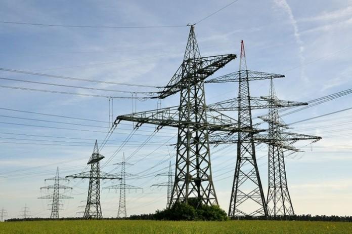 Из-за провалов напряжения во внешних сетях, страдают энергосистемы предприятий и дорогое оборудование.