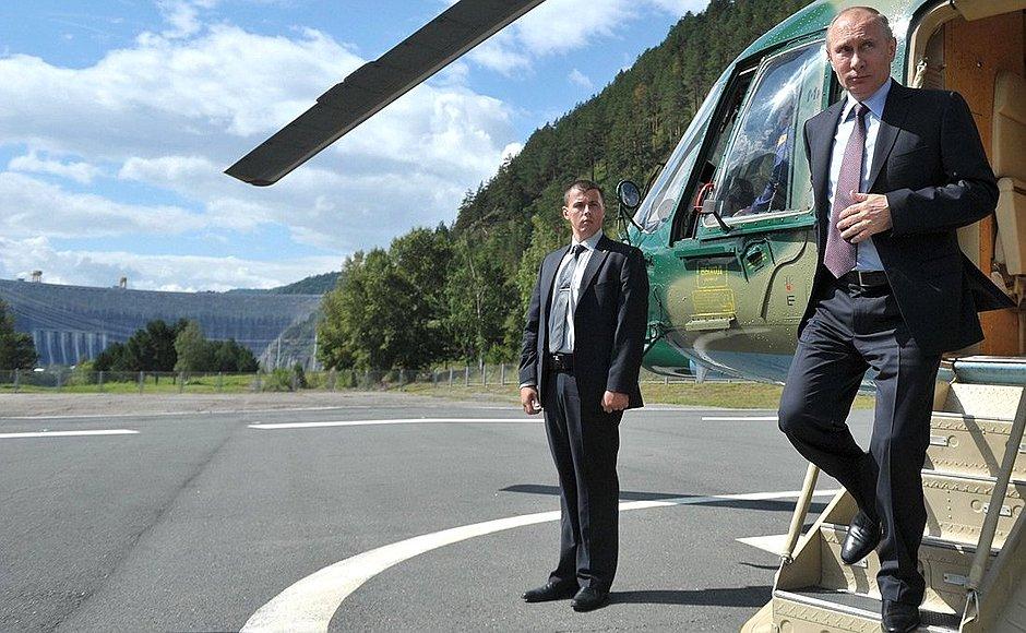 Президент РФ Владимир Путин возвращается в Хакасию спустя два месяца после весеннего визита.