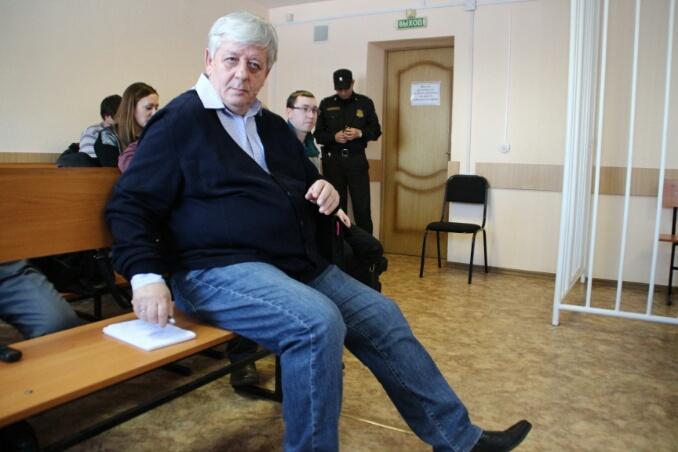 По данным СК, действия Александра Стерлягова причинили Омской области ущерб в 13,7 млн руб.