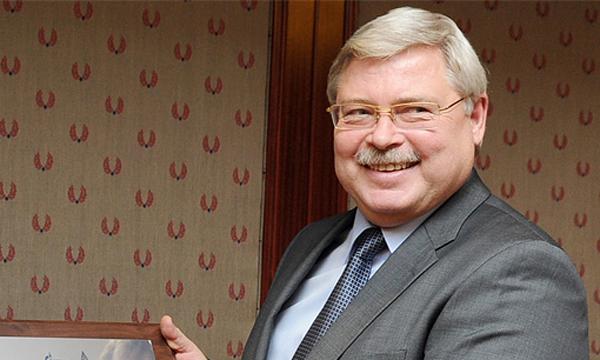 Сергей Жвачкин возглавляет единственный в Сибири регион, где до сих пор не введена плата за воду на ОДН.